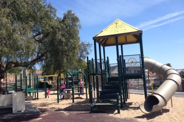 Bernal Heights Recreation Center Picnic Area | San Francisco Recreation and  Parks, CA